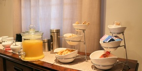 Anchorage Guest House - Breakfast Cerials, Fresh Orang Juice, Youghurt, Tea and Coffee